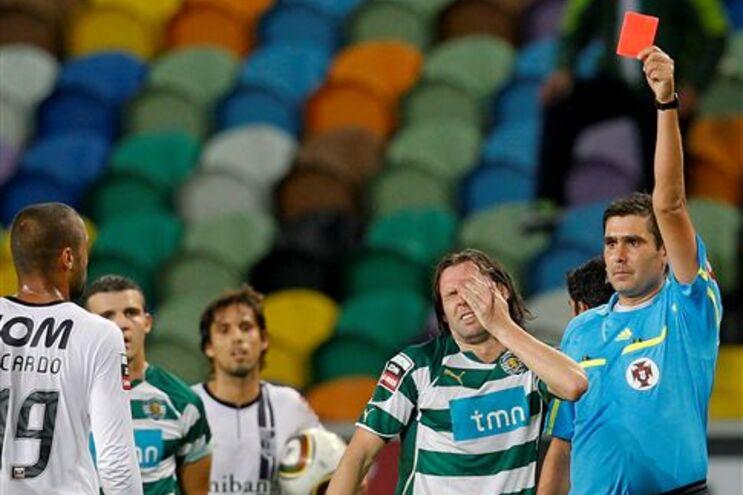 Expulsão de Maniche foi o momento de viragem do jogo em Alvalade