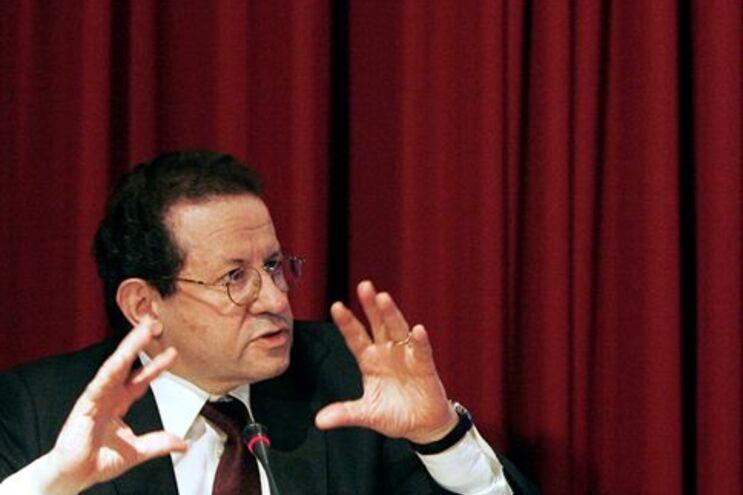 """Constâncio diz que """"é muito provável"""" que Portugal seja o último país a receber apoio"""