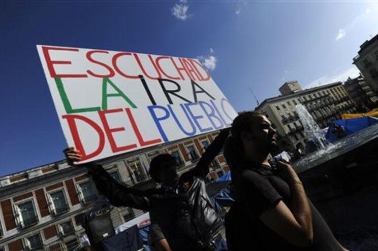d7a15ac3b15e4 Manifestantes espanhóis decidem futuro do protesto este domingo