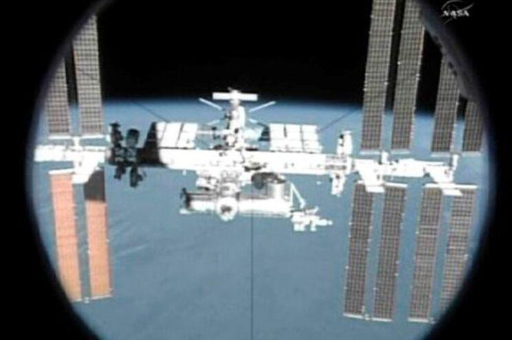 A Endeavour deixou a Estação Espacial Internacional