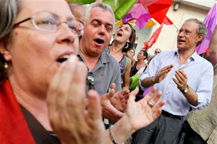 Louçã acusa voto em Sócrates de estar comprometido com a direita