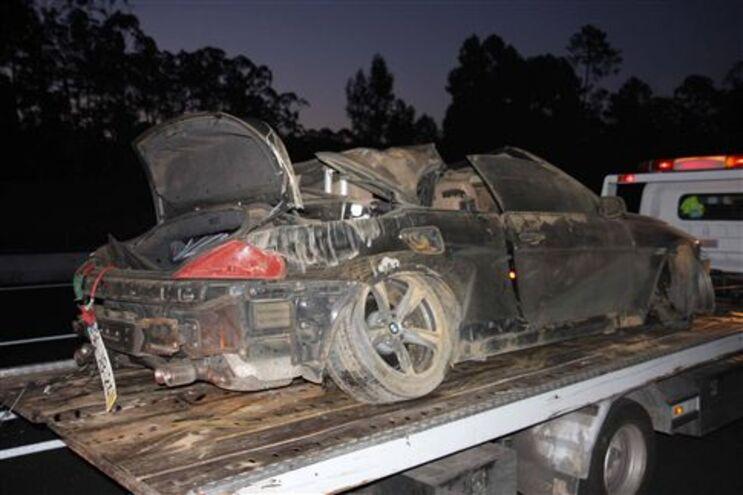 BMW 635 ficou destruído