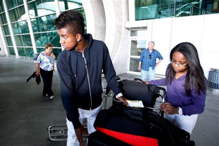 Kelvin à chegada ao aeroporto