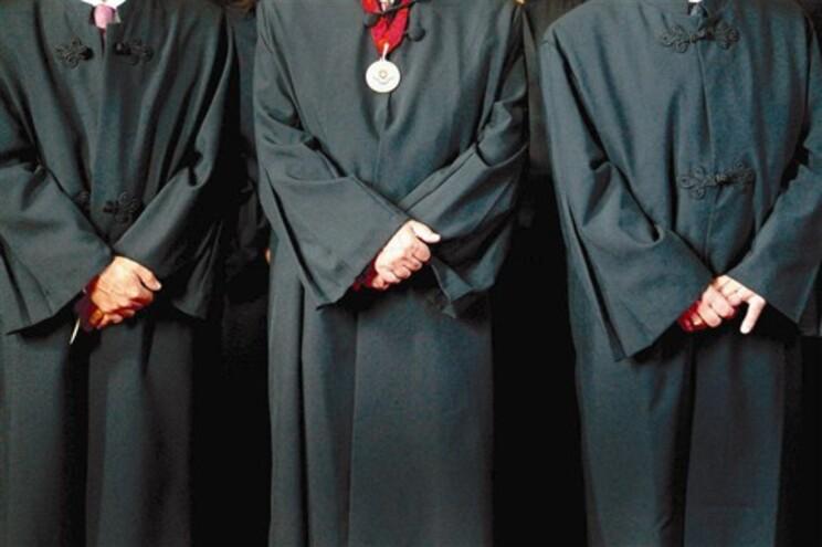 Os advogados que prestam apoio judiciário ascendem a cerca de nove mil