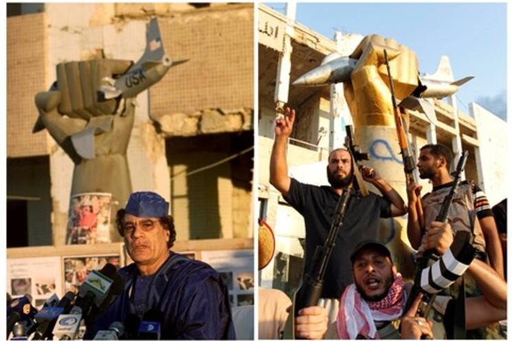 Muammar Kadafi a falar aos jornalistas, em Fevereiro, na residência oficial, frente ao monumento que