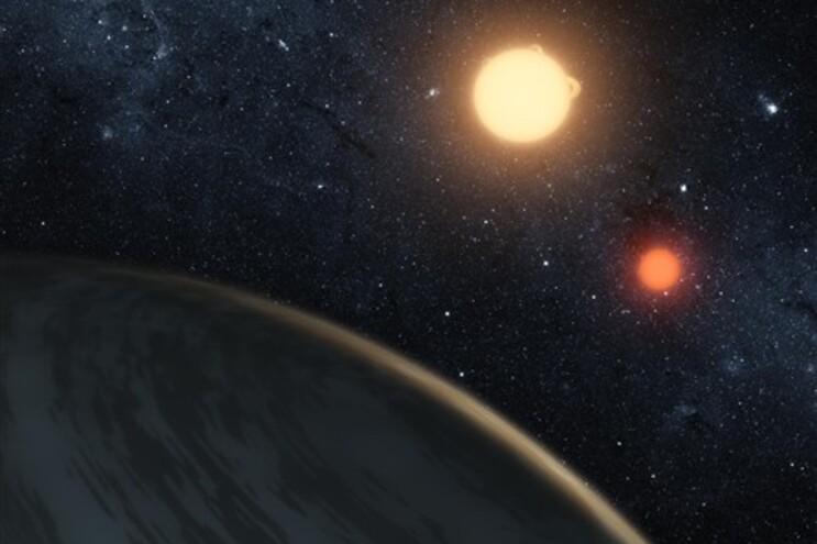 Planeta Kepler-16b ilustrado pela NASA