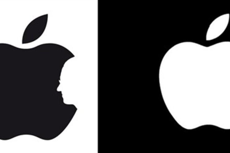A imagem da esquerda é o original feito pelo designer inglês conhecido como Raid71, na Internet