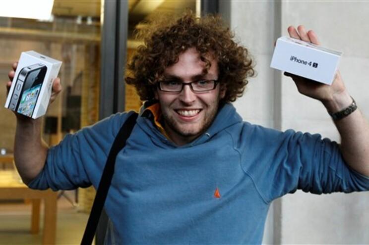 Matthew Kelly conseguiu comprar o novo iPhone em Covent Garden, Londres