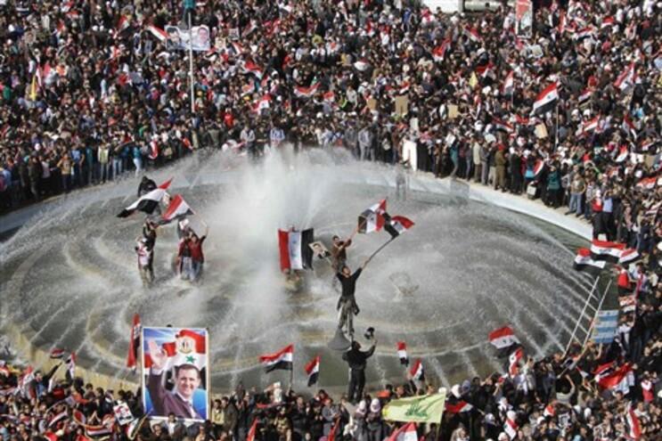 Milhares em Damasco em apoio ao presidente sírio