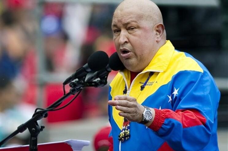 Hugo Chávez diz que os primeiros culpados são os Estados Unidos