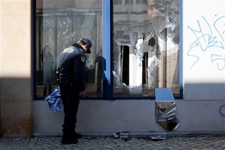 Repartições das Finanças de Alvalade vandalizadas