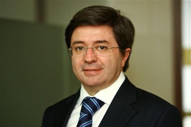"""Paulo Morais, vice-presidente da organização Transparência e Integridade, diz que a AR """"abastardou-se"""""""