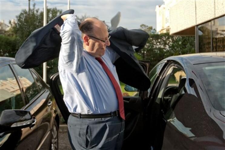 """João Proença diz que a UGT cedeu a """"ameças do Governo de forte desregularização laboral"""""""