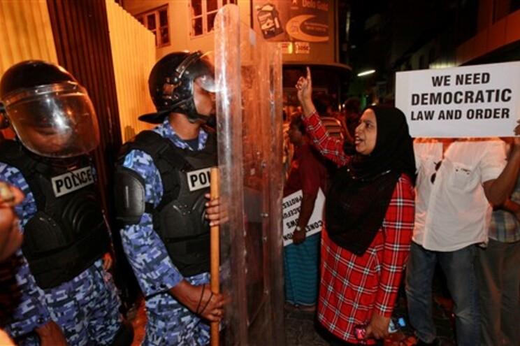 Exército nega golpe de Estado nas Maldivas