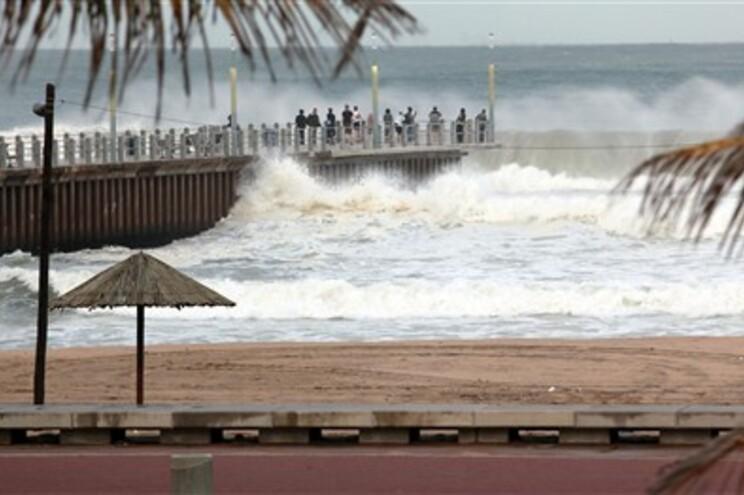 """Durban, na África do Sul, sentiu efeitos do ciclone """"Irina"""""""