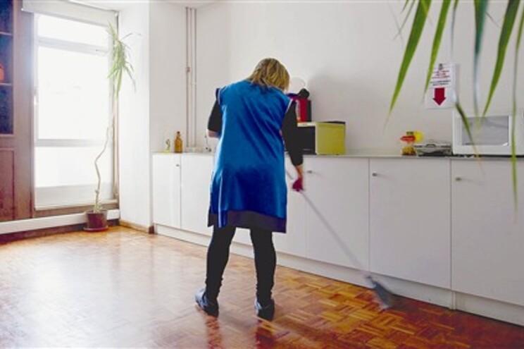 A vida também está difícil para as empregadas domésticas