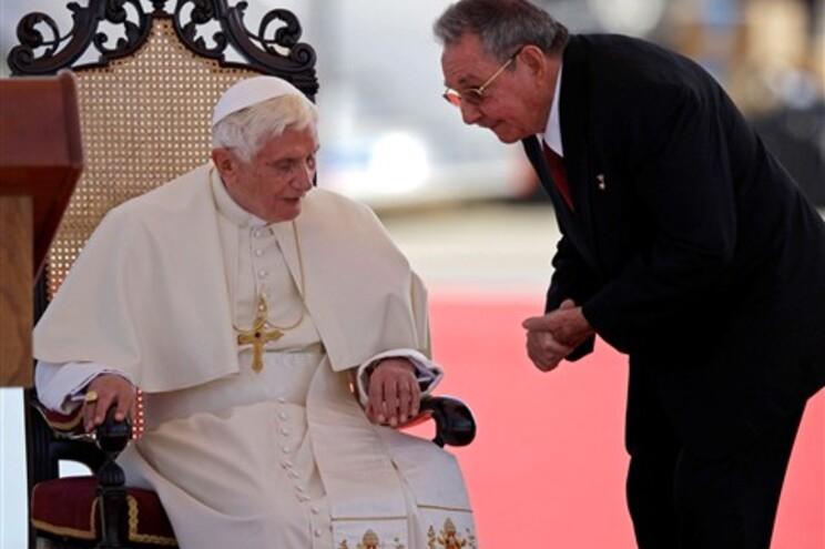 Papa chegou a Cuba para visita de três dias sem Fidel Castro na agenda