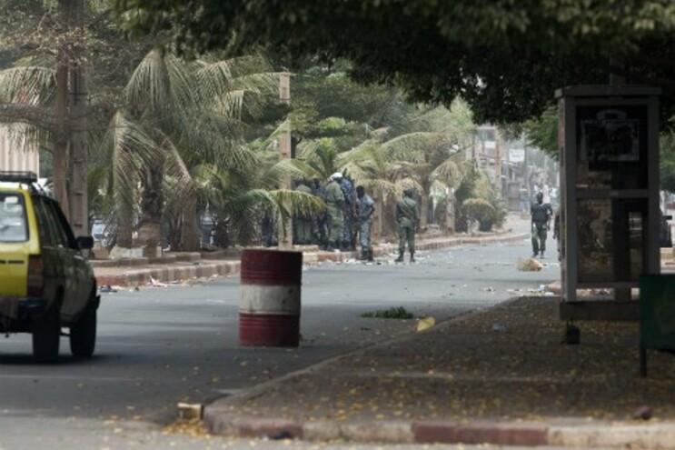 Militares realizaram, na passada quinta-feira, um golpe de estado no Mali. 15 portugueses retidos naquele