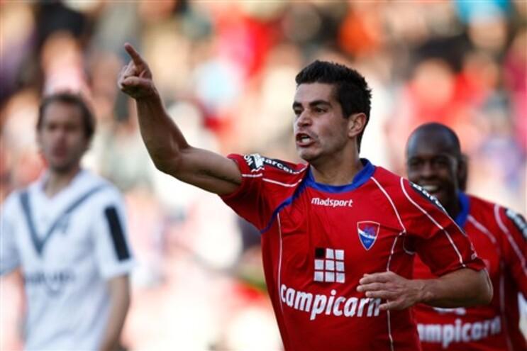 João Vilela marcou aos 15 e 61 minutos
