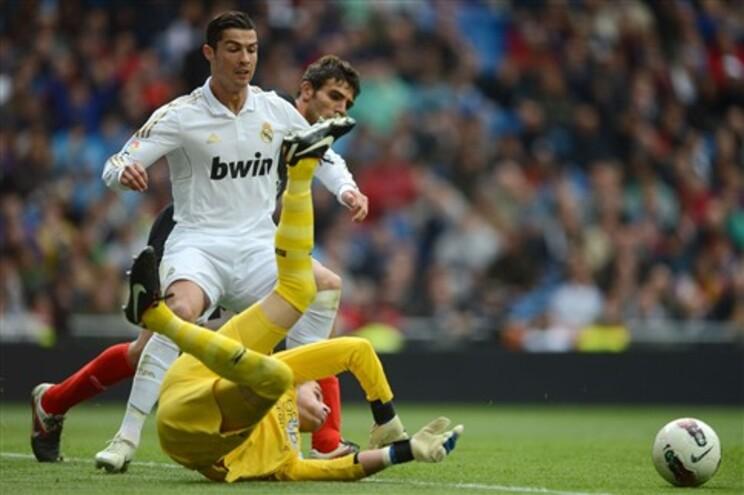 Ronaldo marca e Real Madrid pode ser campeão este domingo