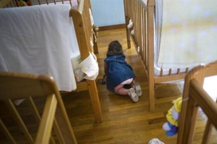 Tribunais demoram tempo demais a decidir processos de adoção