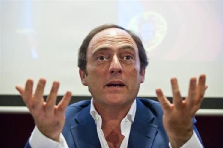 Paulo Portas destaca estabilidade portuguesa face à situação grega