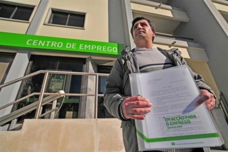 Desempregados organizam protesto para dia 30 de junho