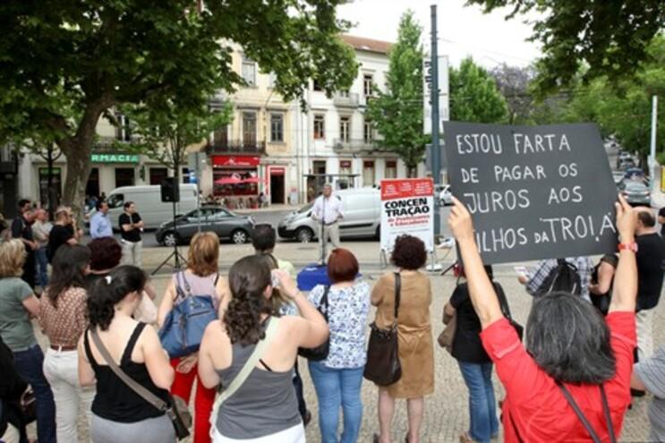 Professores contratados e desempregados protestam em Lisboa na quinta-feira