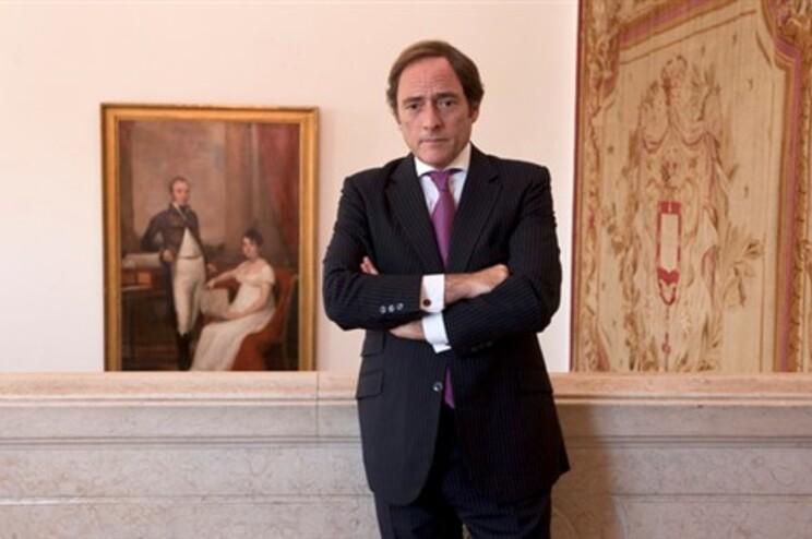 Ministério Público pede colaboração de Paulo Portas e Aguiar Branco