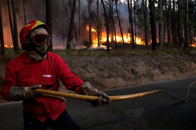 Dois dos incêndios que mais preocupam as autoridades são em Viseu