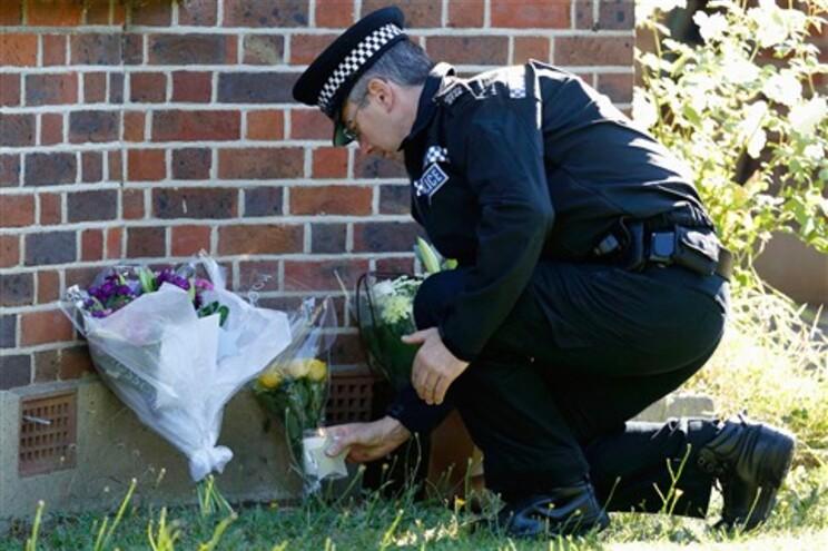Polícia britânica ouve irmão de engenheiro morto nos Alpes