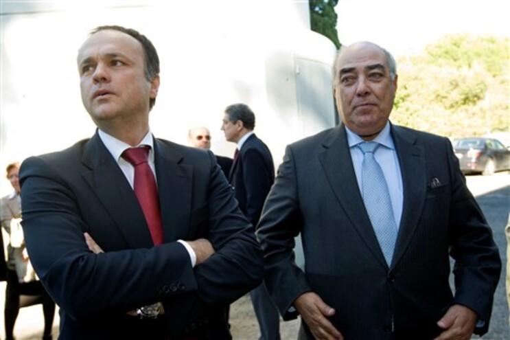 Paulo Campos e Mário Lino alvo de buscas domiciliárias