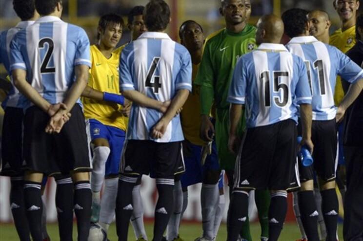 Particular entre Argentina e Brasil suspenso por falha no sistema de iluminação