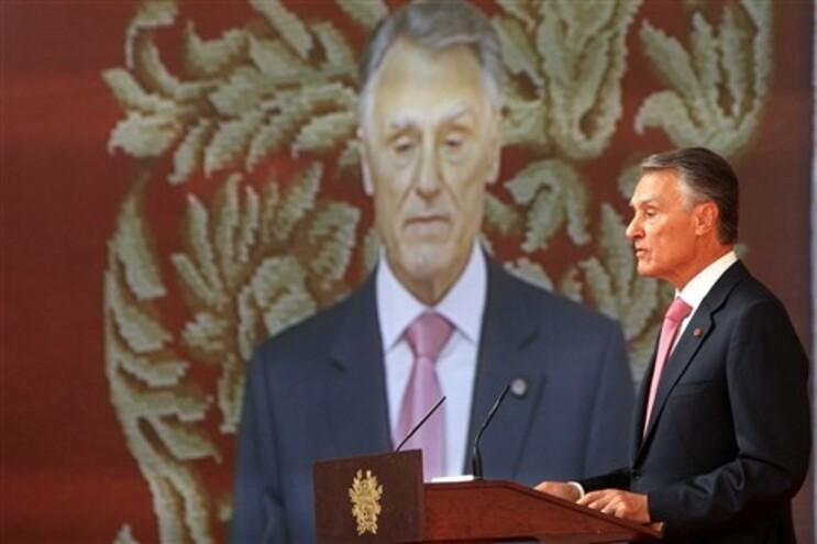 Cavaco Silva falou ao maior jornal económico de Espanha