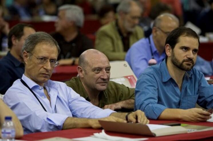 José Gusmão, à direita, em 2011, com Francisco Louçã e o falecido Miguel Portas (centro)