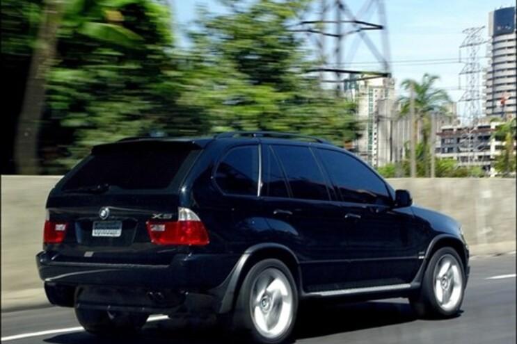 Os carros de alta cilindrada vão ter um agravamento de Imposto Único de Circulação de 10%