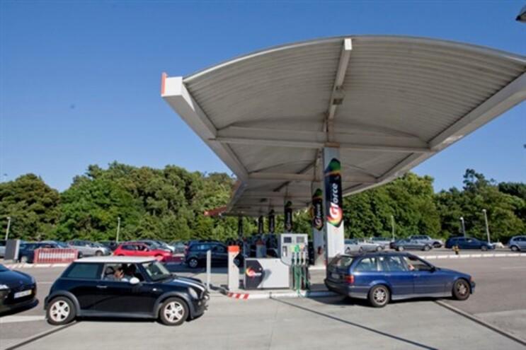 Prevista maior descida do ano no preço da gasolina para a próxima semana