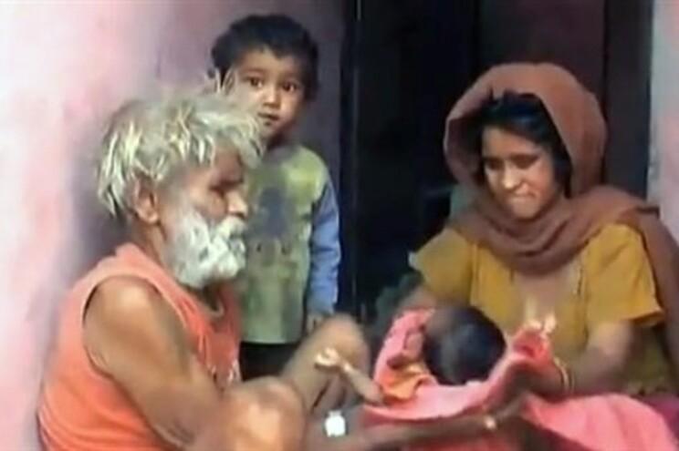 Ramjeet Raghav diz que podia ter mais filhos, mas não vai ter, por razões económicas