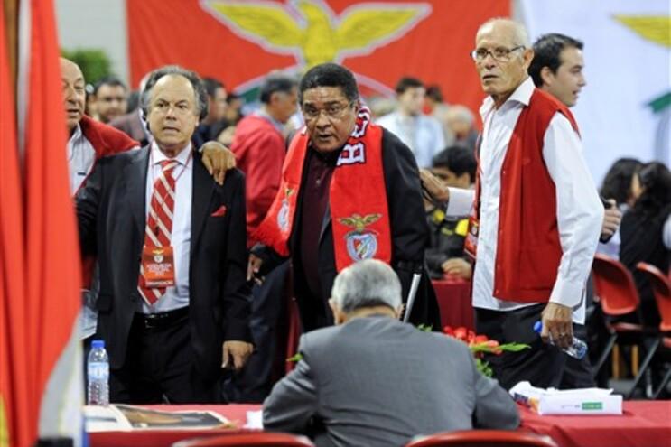 Eusébio no Pavilhão 2 do Estádio da Luz onde decorre a votação