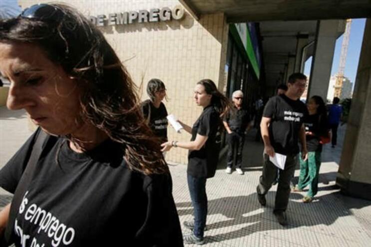 Governo alerta potenciais emigrantes para menor oferta de trabalho na Europa