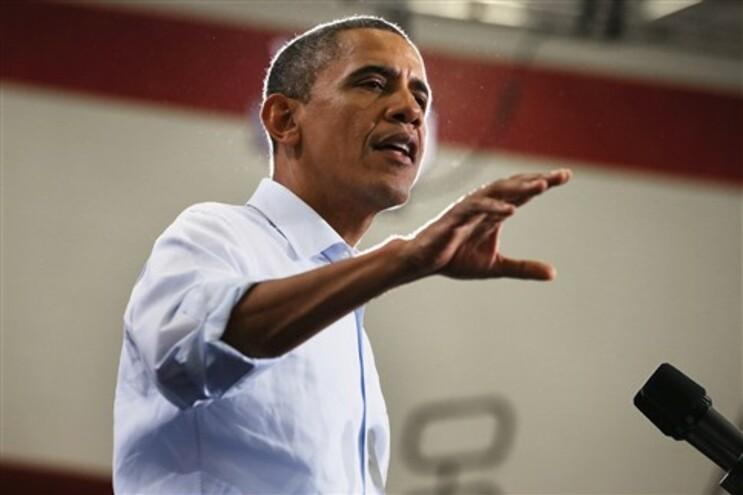 Obama fala em progresso. Romney diz que a economia está paralisada
