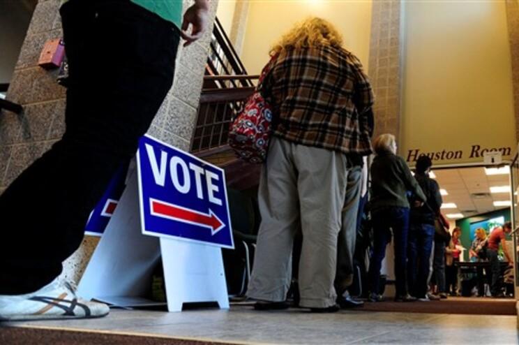 O referendo foi realizado por ocasião das eleições presidenciais