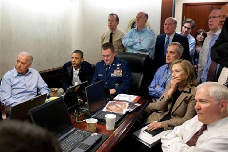 Hillary Clinton e Obama durante a operação que levou à morte de Osama bin Laden
