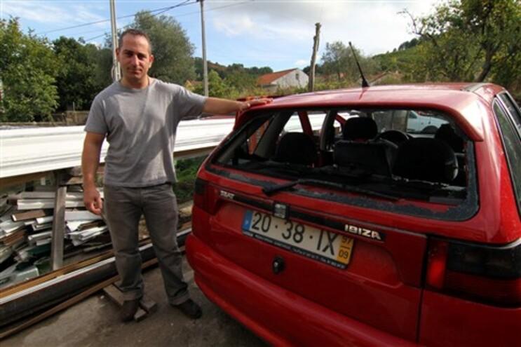 """Simão Sá fez frente ao """"Terror de Arnal"""" e ficou com os vidros do carro partidos"""