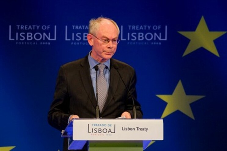 Van Rompuy rejeita a necessidade de renegociar o Tratado de Lisboa