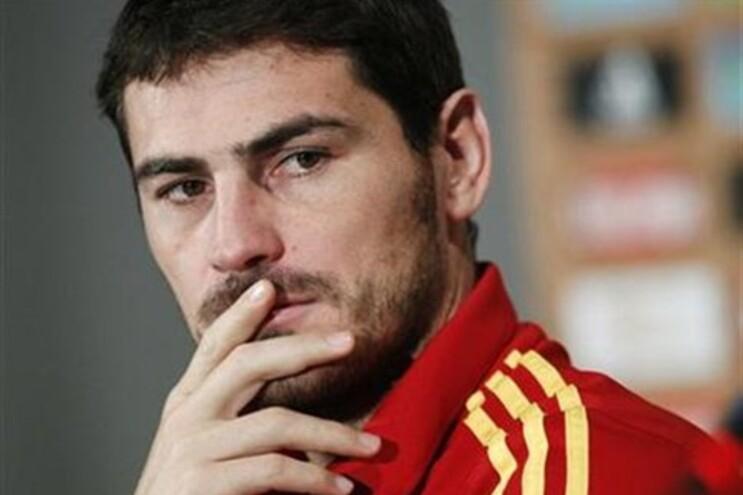 Casillas desmente conflito com o português Silvino