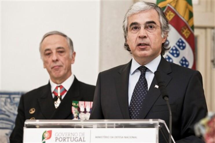 """PSD quer ver """"depressa"""" clarificação sobre estabilidade do PS"""