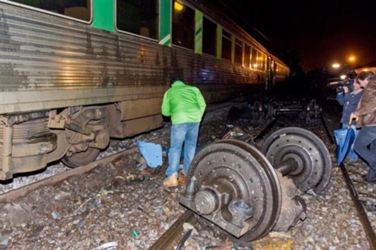 O acidente provocou 15 feridos ligeiros
