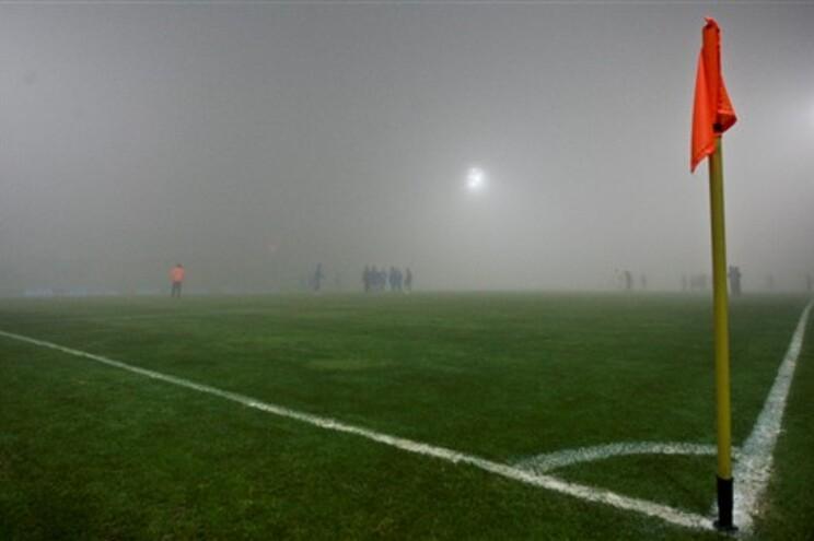 Quando o encontro foi interrompido, aos 76 minutos, Paços de Ferreira e Estoril-Praia empatavam sem golos