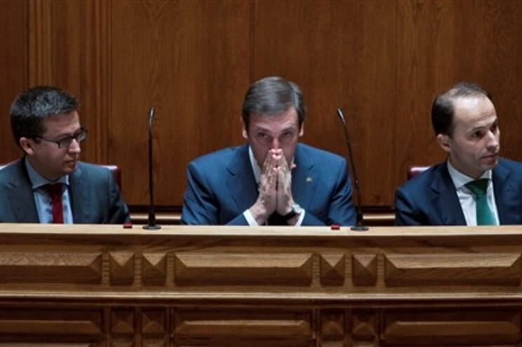 Decisão dos juízes sobre Orçamento de Estado conhecida hoje